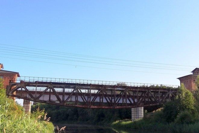 Geležinkelio tilto per Ventą statinių kompleksas